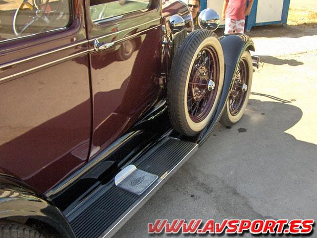 Comienza la XX Ruta de Automóviles Antiguos